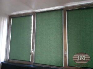 Рулонные шторы MINI c тканью Омега т.зеленый и фурнитурой темно-серого цвета - г.Москва, ул.Серпуховский Вал