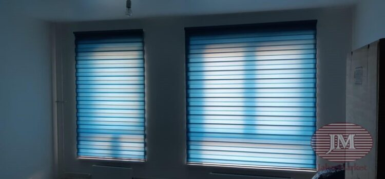 Рулонная штора  из ткани Зебра Стандарт синий