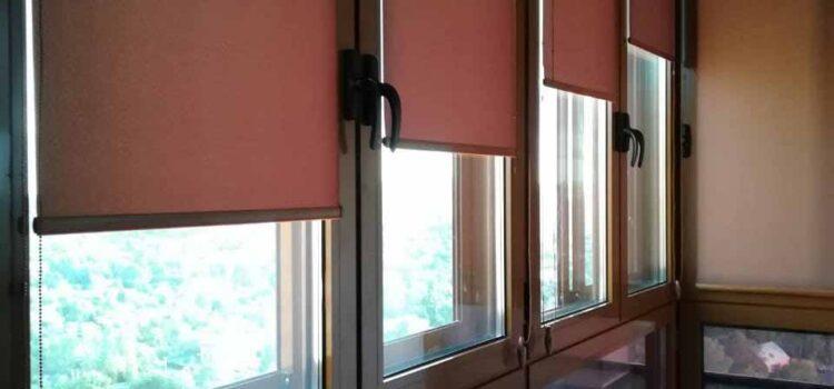 Система рулонных штор MINI установленная на балконе — МО, г.Одинцово