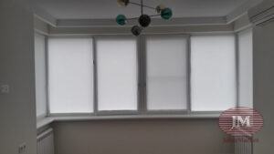 Рулонные шторы в системе Mini из ткани Омега белый - Москва, ул.Маршала Тухачевского