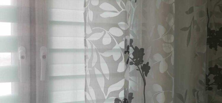 Рулонная штора из ткани Зебра Стандарт бирюзовый