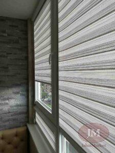 Рулонные шторы в системе UNI2 c тканью Ямайка