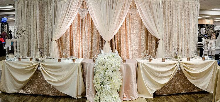Выбираем модные шторы для оформления свадьбы