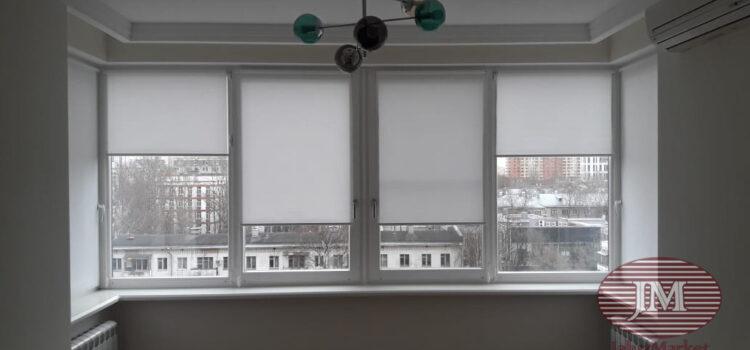 Рулонные шторы в системе Mini из ткани Омега белый — Москва, ул.Маршала Тухачевского