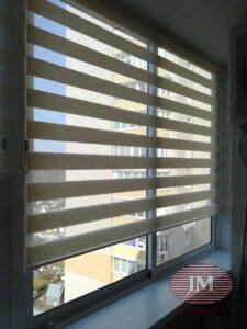 Свободновисящая рулонная штора Зебра из ткани Лён св.бежевый - мкр.Новое Измайлово