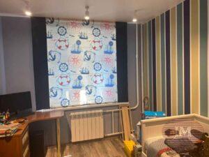 Римская штора в морской теме, с синими кантами, для комнаты мальчика