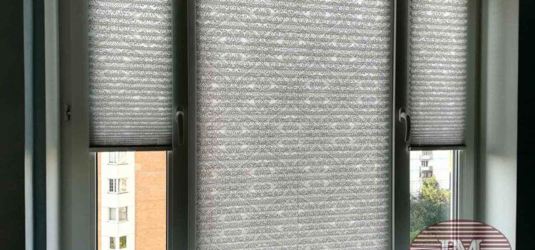 Шторы плиссе в Системе Р1600 из ткани Девон 1852 серый — Москва, ул. Одесская